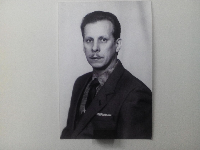 Знакомства Мурманск, фото мужчины Александр, 71 год, познакомится для флирта, любви и романтики, cерьезных отношений