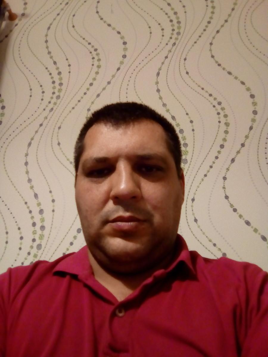 Знакомства Севастополь, фото мужчины Максим, 38 лет, познакомится для флирта, любви и романтики, cерьезных отношений