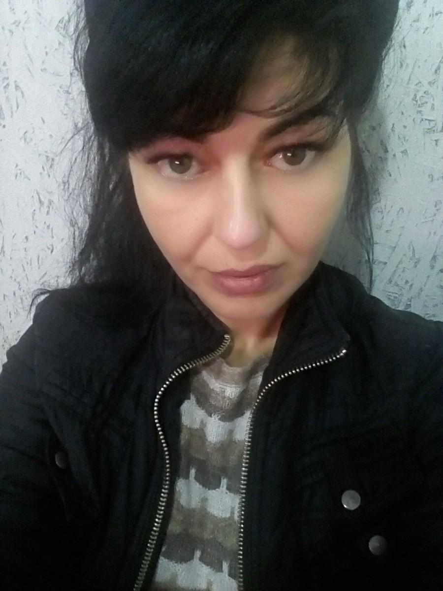 Знакомства Феодосия, фото девушки Зина, 40 лет, познакомится для флирта, любви и романтики, cерьезных отношений