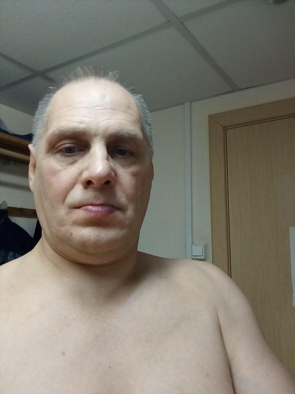 Знакомства Киров, фото мужчины Эдуард, 54 года, познакомится для флирта, любви и романтики