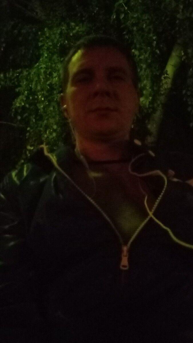 Знакомства Кропоткин, фото мужчины Алексей, 35 лет, познакомится для флирта, любви и романтики, cерьезных отношений