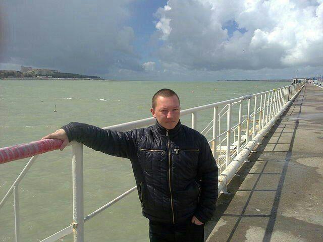 Знакомства Москва, фото мужчины Витек, 36 лет, познакомится для флирта, любви и романтики, cерьезных отношений