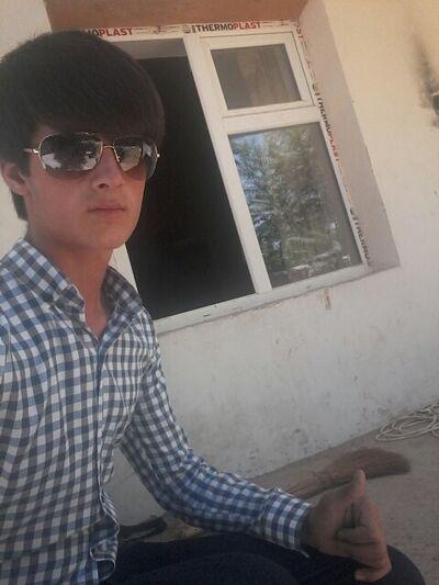 Фото мужчины манучехр, Душанбе, Таджикистан, 20