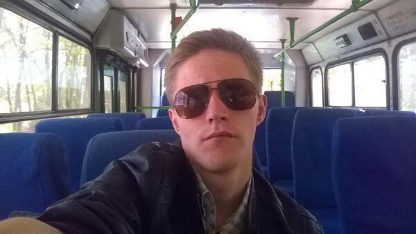 Знакомства Москва, фото мужчины Александр, 28 лет, познакомится для флирта, любви и романтики, cерьезных отношений