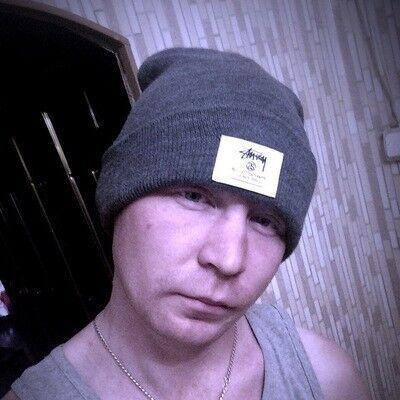 Знакомства Москва, фото мужчины Денис, 29 лет, познакомится для флирта, любви и романтики, cерьезных отношений